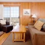 Ocean-Inn-Room-2-1.jpg